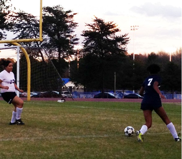 Lady Rams rout Lithonia in season opener