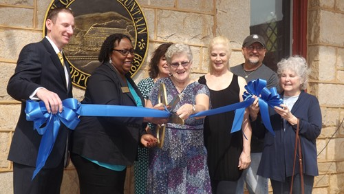 Stone Mountain city officials held a ribbon-cutting ceremony to celebrate the exterior renovations to the train Depot. Photos by Carla Parker