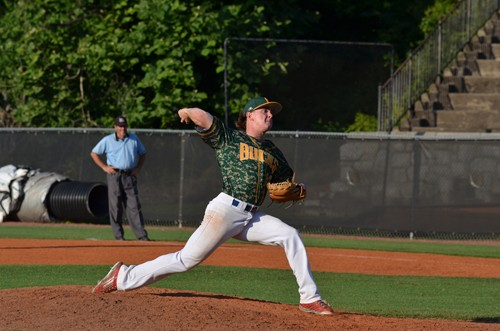 Brad Schwartz, a junior at the University of Miami in Ohio, throws a pitch for the Brookhaven Bucks.