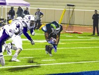 Arabia Mountain's Brandon Snowball run for a touchdown. Photos by Travis Hudgons
